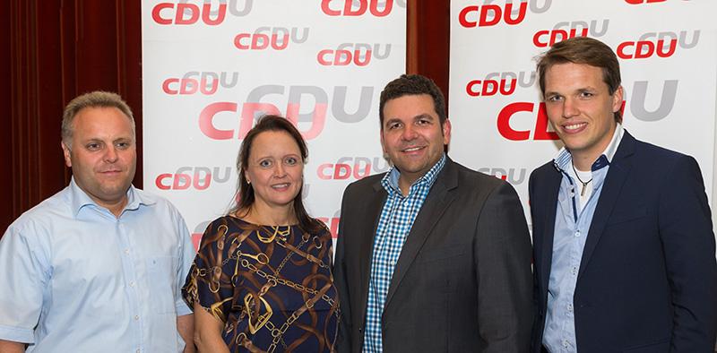 v.l. vorne: Michael Seißler, Annette Turner, Andreas May und Marco Bertram.